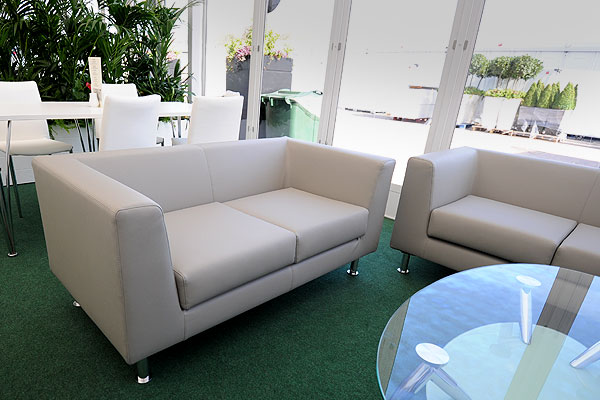 *NEW* Infiniti 2 Seater Settee Hire