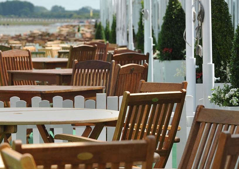 Hardwood patio set hire