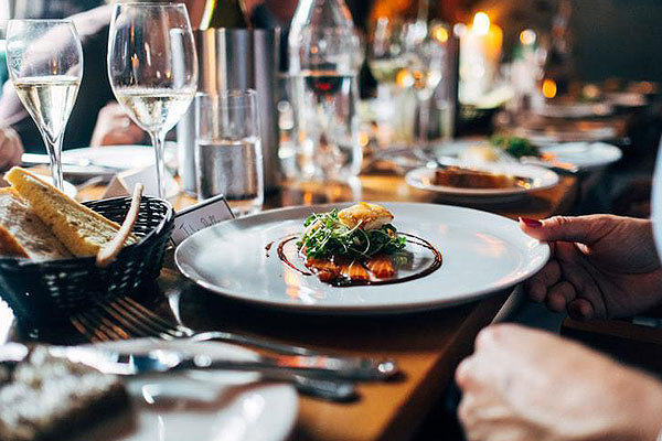 How to find the best catering equipment hire company