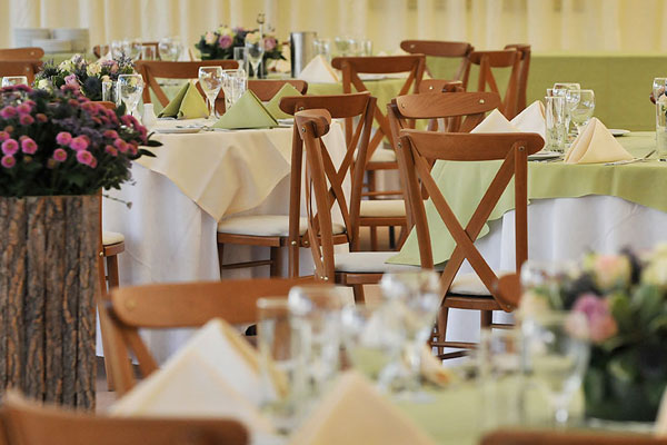 Light oak cross back chairs for summer events
