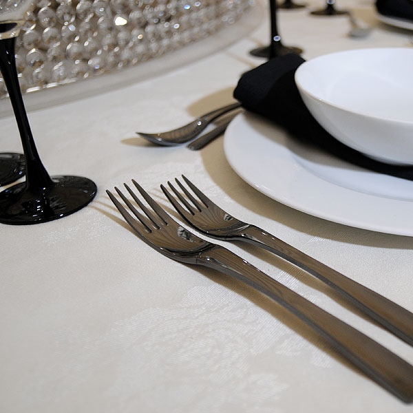 *NEW* Fine dining black cutlery hire