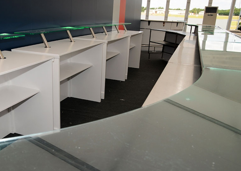 Back bar units to complement mobile bars