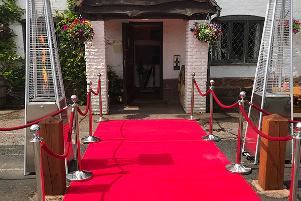 Bring a touch of Hollywood to your venue